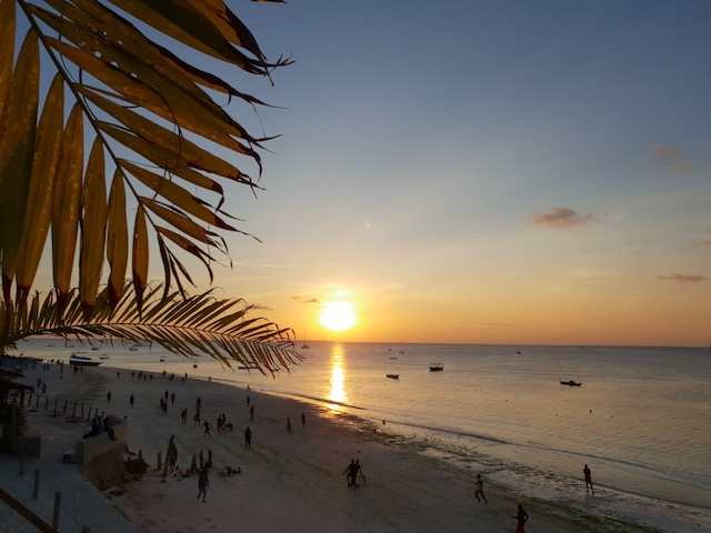 tramonto a zanzibar, nungwi beach, resort, roberta arcangeli