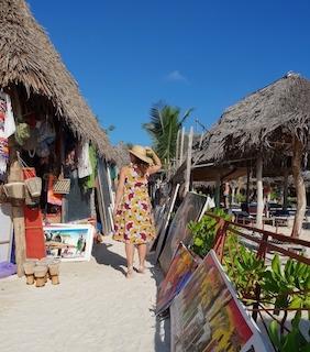 Artigianato Zanzibar Nungwi Beach Spiagge Roberta Arcangeli