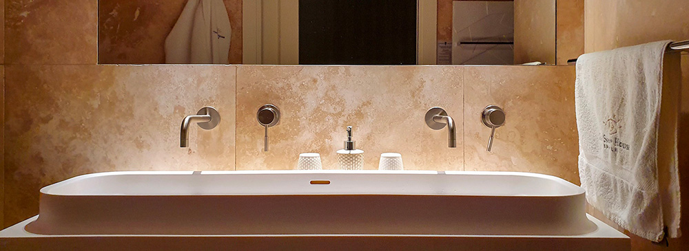 Bagno Hotel Malta Different Details