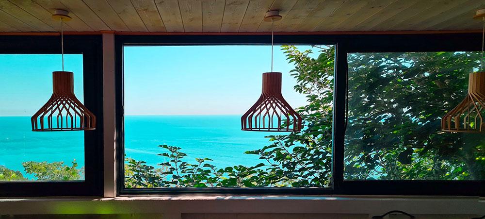 Terrazza con vista colazione Riviera del Conero Roberta Arcangeli