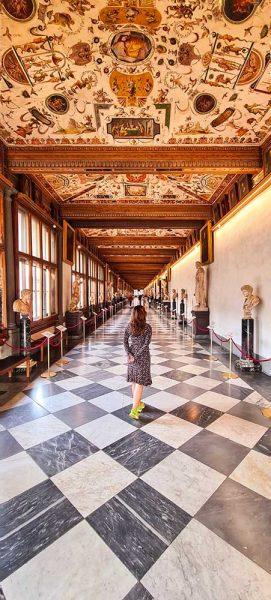 Firenze Galleria degli Uffizi riapertura Different Details