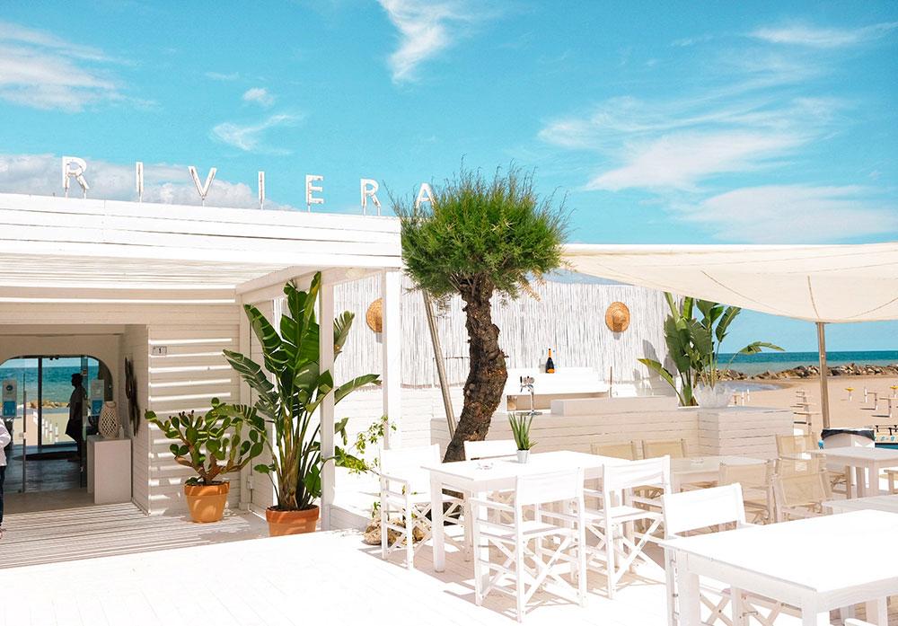 Aperitivo in spiaggia Misano Adriatico Roberta Arcangeli