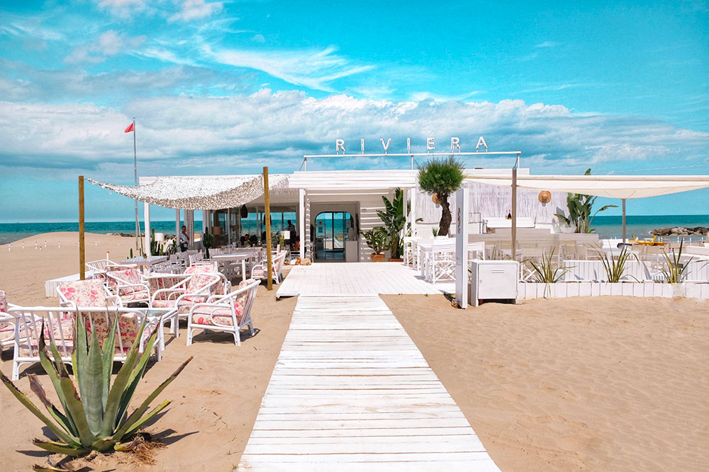 Riviera Mare Bistrot ristorante in spiaggia Misano Adriatico Different Details
