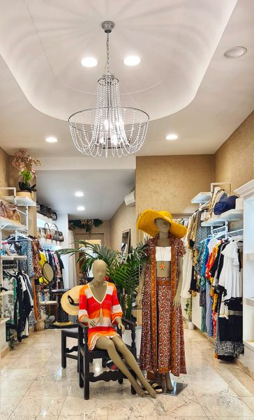 Zucchi Boutique Viale Gramsci Riccione Different Details
